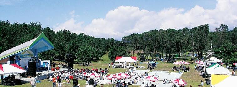 ポンポコ山野外ステージ